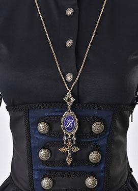 1703_night_memory_necklace_3.jpg